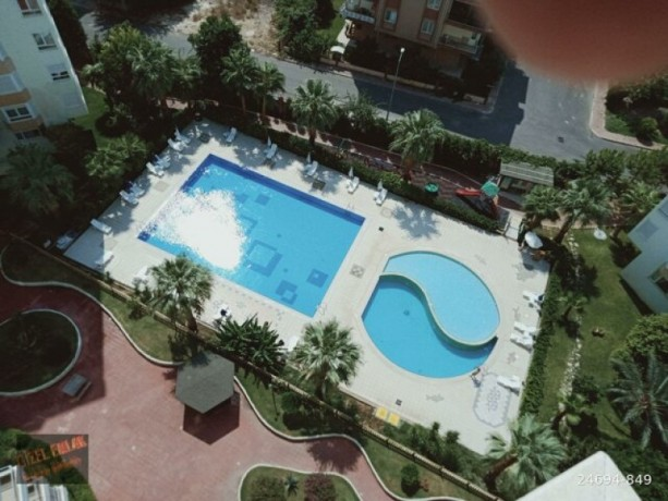luxury-3-1-antalya-apartment-for-sale-on-site-with-square-pool-big-9