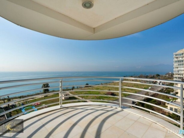 lara-guzeloba-luxury-apartment-rental-with-sea-view-big-16