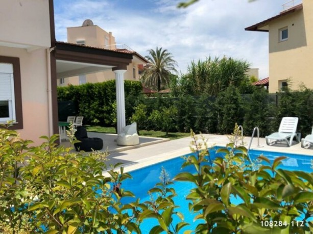 detached-villa-with-pool-between-belek-kadriye-big-1