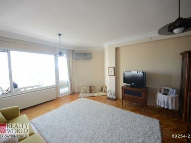 long-term-3-1-apartment-for-rent-with-natural-gas-in-muratpasa-big-4