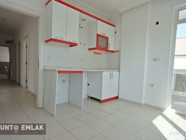 50mt-21-rent-with-separate-kitchen-near-hal-junction-big-5