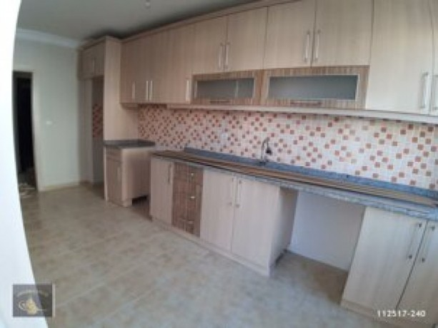 50mt-21-rent-with-separate-kitchen-near-hal-junction-big-1