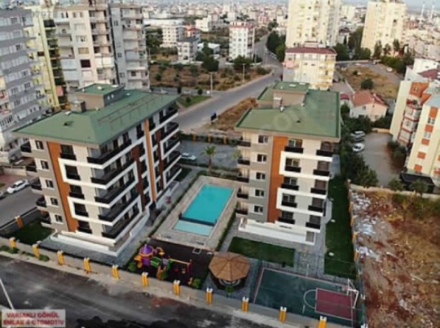 antalya-kepez-3-bedroom-residence-for-sale-in-complex-big-1