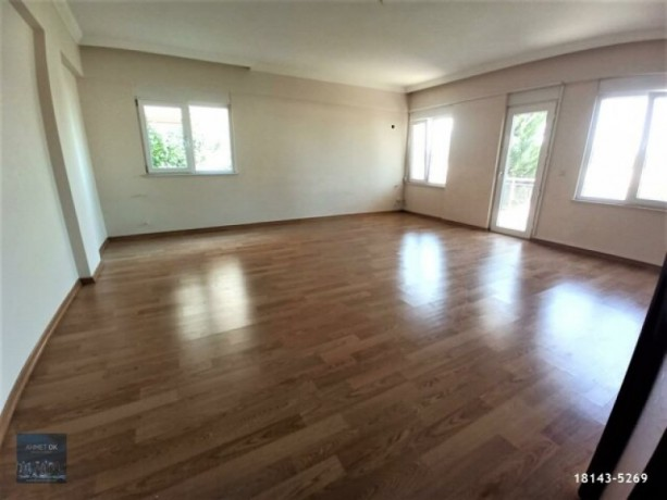 2-1-rental-with-separate-kitchen-on-secure-site-with-pool-in-guzeloba-big-0