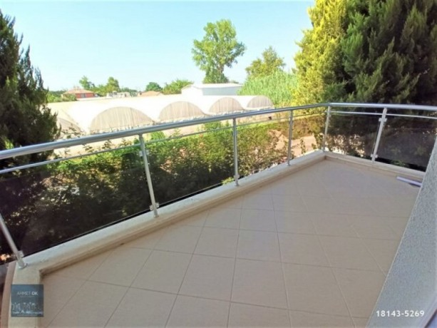 2-1-rental-with-separate-kitchen-on-secure-site-with-pool-in-guzeloba-big-5