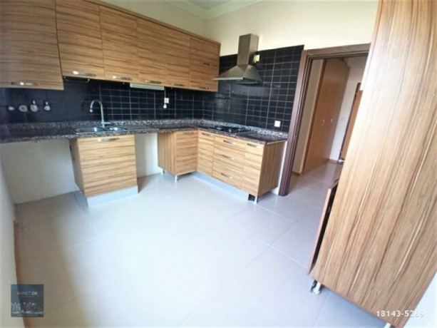 2-1-rental-with-separate-kitchen-on-secure-site-with-pool-in-guzeloba-big-8