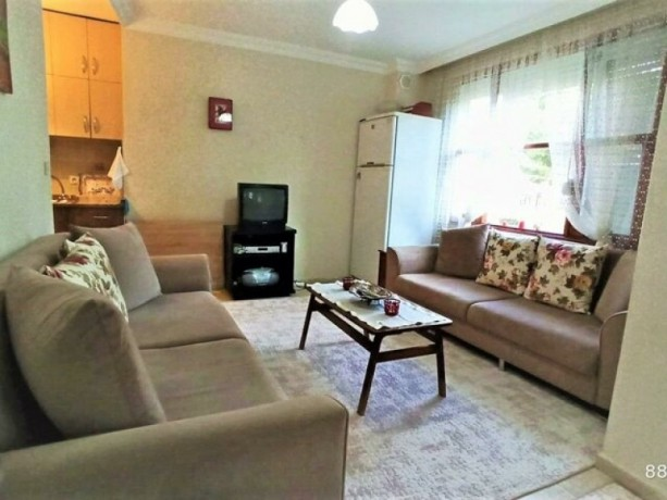 1-bedroom-apartment-for-rent-near-the-sea-in-alanya-center-big-3