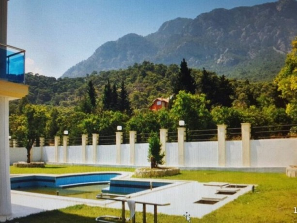 turkish-villa-6-bedrooms-with-pool-for-weekly-rent-in-kemer-big-2