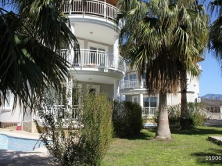 ALANYA 3 BEDROOM 400 M2 LUXURY BEACH RENTAL VILLA