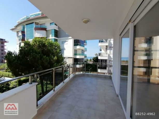 31-luxury-apartment-on-seafront-site-for-sale-in-alanya-kestel-homes-big-9