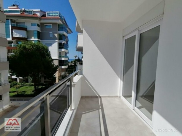 31-luxury-apartment-on-seafront-site-for-sale-in-alanya-kestel-homes-big-12