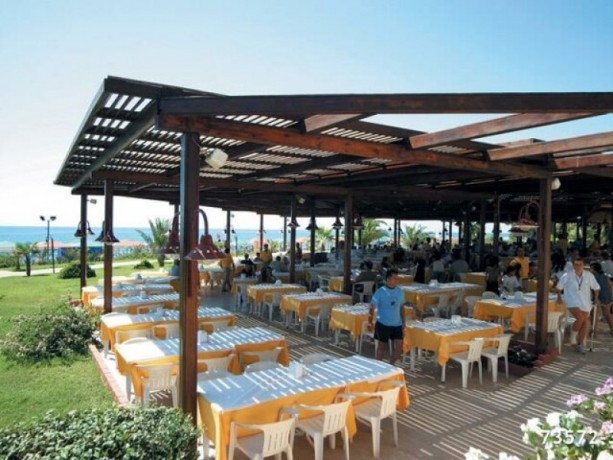 35636-m2-by-the-sea-150-m-beach-holiday-village-hotel-for-sale-big-12