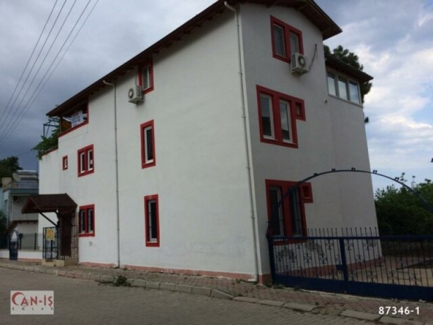 19-rooms-pension-with-garden-for-sale-in-kemer-beach-and-holiday-resort-big-3