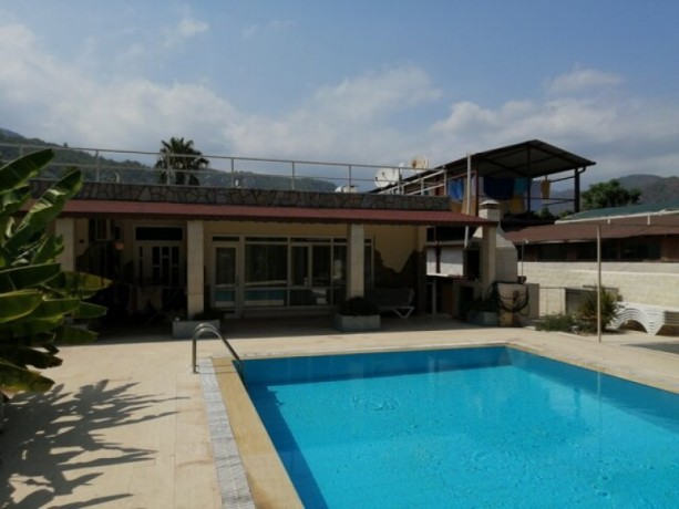 50-meters-to-the-sea-with-an-area-of-2680-m2-with-5-bungalows-inside-big-5