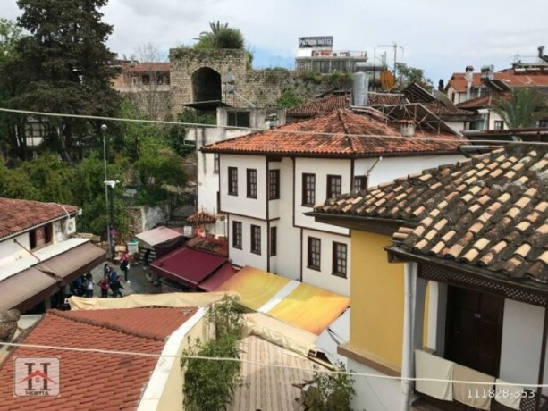 3-story-historical-texture-hostel-for-sale-in-antalya-castle-big-4