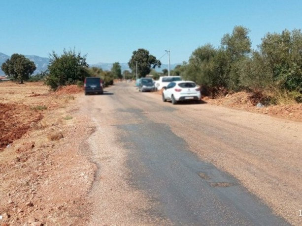 antalya-kepez-baskoy-asphalt-facade-4566-m2-field-for-sale-big-4