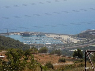 Alanya sea view 2.040 m2 Villa plot overlooking the marina with magnificent views
