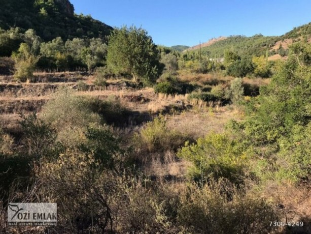 26000-m2-antalya-aksu-karaoz-house-and-land-for-sale-in-the-village-big-0