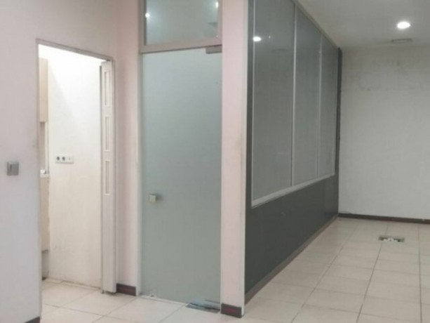 istanbul-bakirkoy-yesilkoy-rent-office-near-world-trade-center-big-0