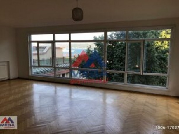istanbul-beyoglu-50m2-rental-office-in-historic-building-near-independence-without-partition-big-6