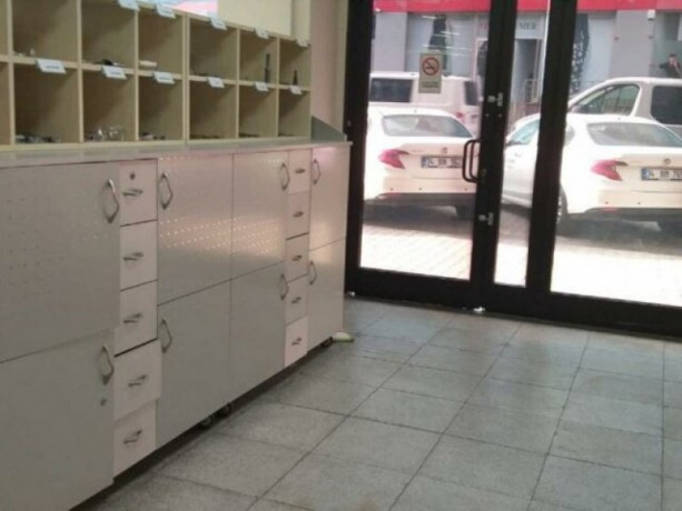istanbul-bayrampasa-yenidogan-420-m2-vat-rental-office-in-turkish-plaza-big-2