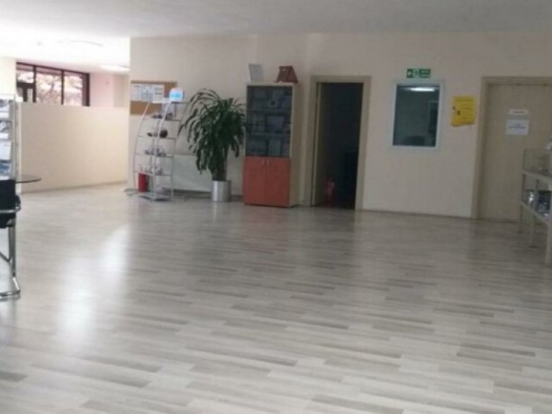 istanbul-bayrampasa-yenidogan-420-m2-vat-rental-office-in-turkish-plaza-big-1