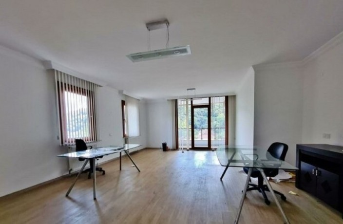 istanbul-sariyer-tunnel-and-50-m2-rental-business-near-the-center-big-0