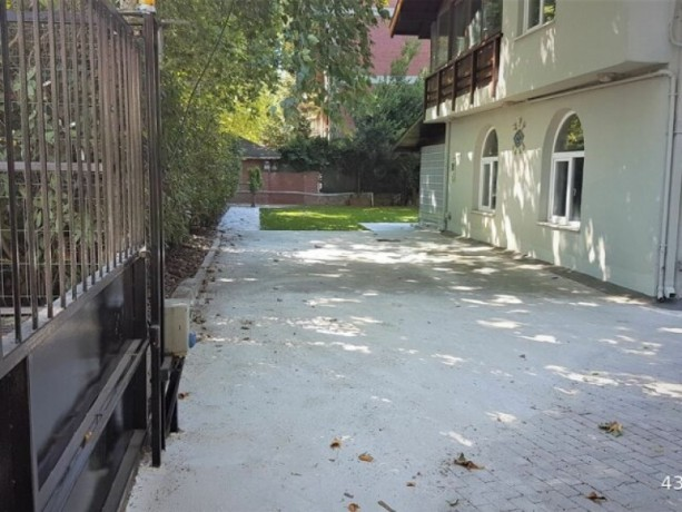 istanbul-sariyer-bahcekoy-kemer-1100m2-garden-villa-for-rent-big-5
