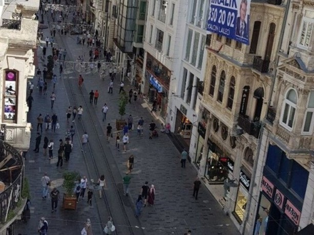 istanbul-beyoglu-huseyinaga-rental-office-on-istiklal-caddesi-beyoglu-district-big-5