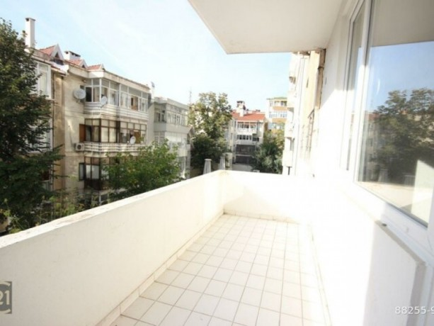 istanbul-kadikoy-caferaga-palmyra-street-1-bedroom-well-maintained-112-m2-office-big-4