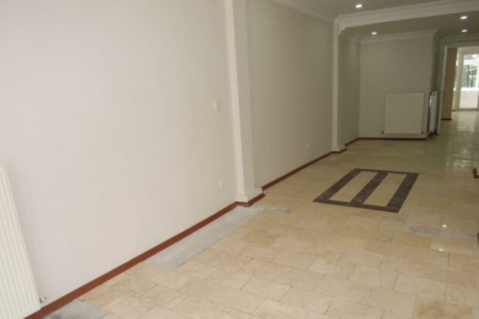 opportunity-fully-renovated-storefront-100m2-office-floor-big-5