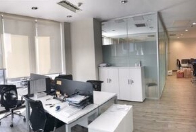 maintained-office-floor-in-maslak-plaza-big-5