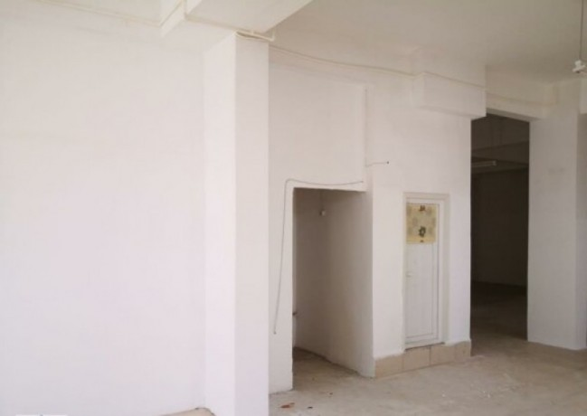 350-m2-shop-for-rent-on-guzelyali-main-street-big-4
