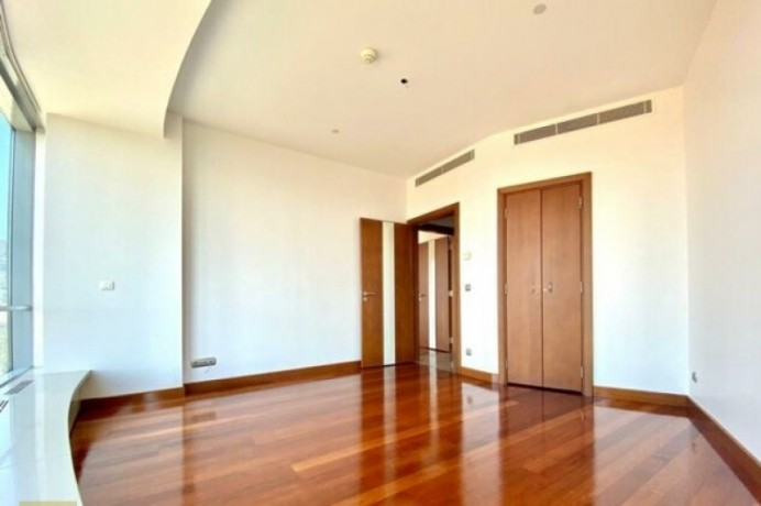 sisli-elit-residence-35-1-330m2-stylish-office-floor-with-view-big-2