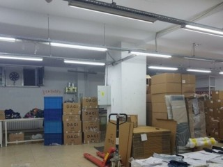 Istanbul Sisli Central Rent at zero Plaza in Bomont, total 2. 125m2 warehouse on 3 floors