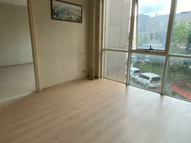 istanbul-kagithane-seyrantepe-mini-plaza-floor-for-rent-on-seyrantepe-nato-street-big-1