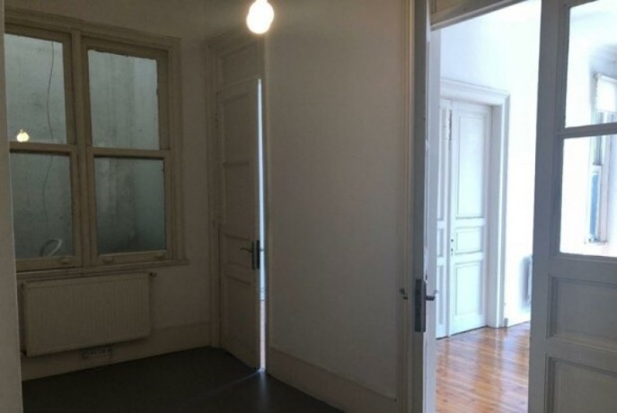 office-floor-for-rent-in-beyoglu-istiklal-asmalimescit-te-well-maintained-building-big-2