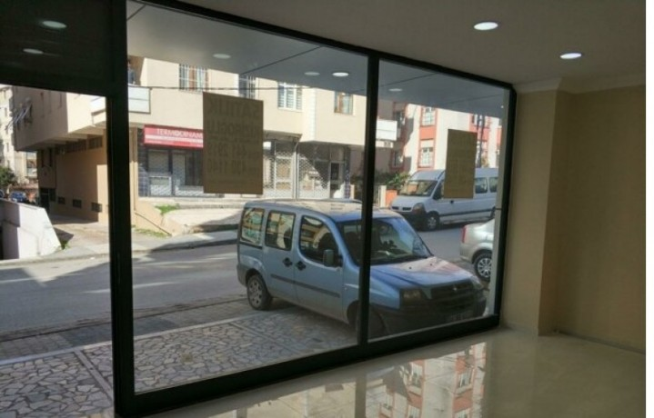 istanbul-maltepe-baglarbasi-street-on-35m2-lux-shop-for-rent-turkey-big-3