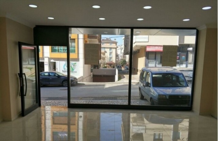 istanbul-maltepe-baglarbasi-street-on-35m2-lux-shop-for-rent-turkey-big-1