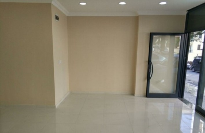 istanbul-maltepe-baglarbasi-street-on-35m2-lux-shop-for-rent-turkey-big-0