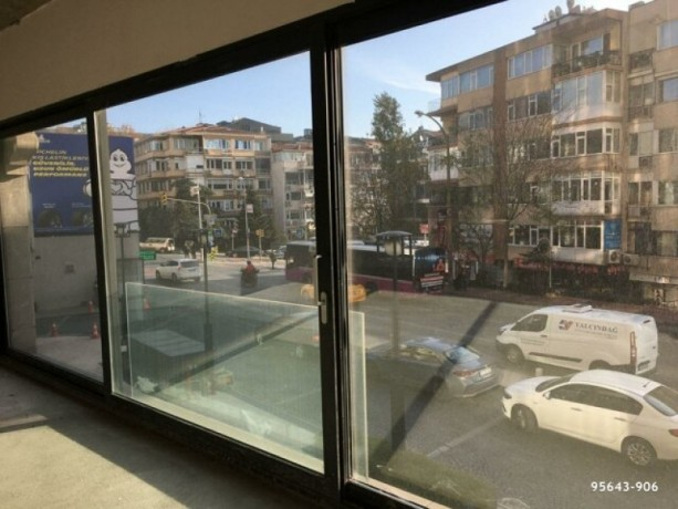 istanbul-besiktas-levent-750m2-workplace-with-high-street-big-5