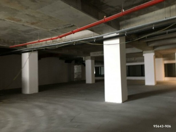 istanbul-besiktas-levent-750m2-workplace-with-high-street-big-4