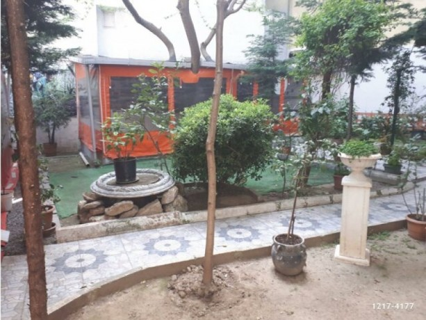 istanbul-besiktas-sinanpasa-rent-cafe-with-two-story-garden-in-poet-big-4
