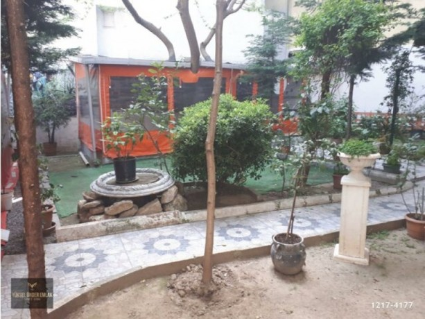 istanbul-besiktas-sinanpasa-rent-cafe-with-two-story-garden-in-poet-big-2