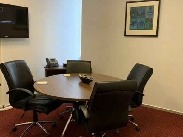 fully-equipped-12-m2-rental-office-in-levent-big-4