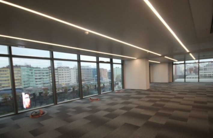 410m2-decorated-office-in-torun-plaza-big-4