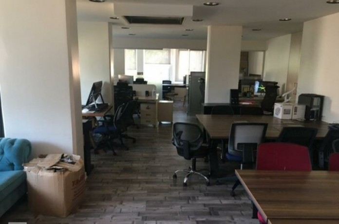 133-m2-well-maintained-office-floor-big-3