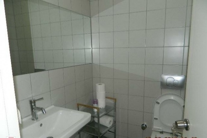 133-m2-well-maintained-office-floor-big-6
