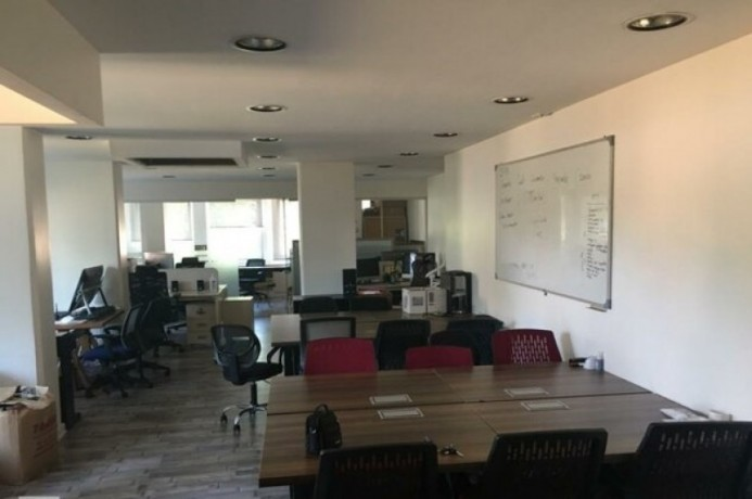 133-m2-well-maintained-office-floor-big-2