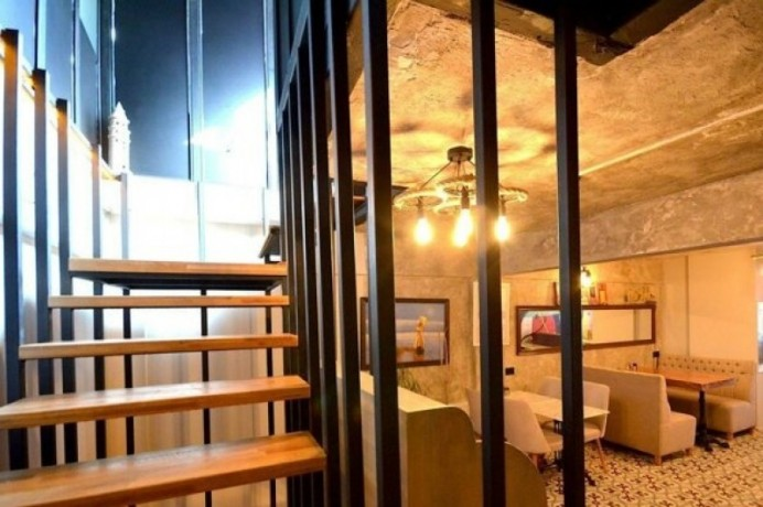 caferestaurant-for-rent-on-4-floors-in-karakoy-cafes-street-big-11